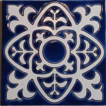 Azulejo Pintado A Mano Tipo Español Fondo Azul 15 x 15 cm.